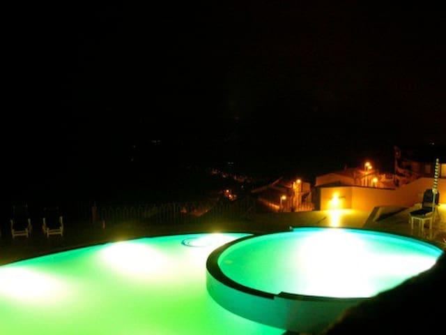 appartamento con piscina p14 - Trinità d'Agultu e Vignola - Lägenhet