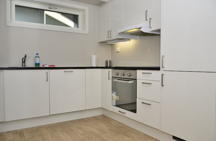Beutiful, brand new aoartment with private parking and balcony close to Telenor Arena