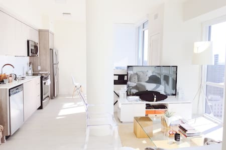 Spacious, Bright & Modern Apt in a Great Location! - サンディエゴ