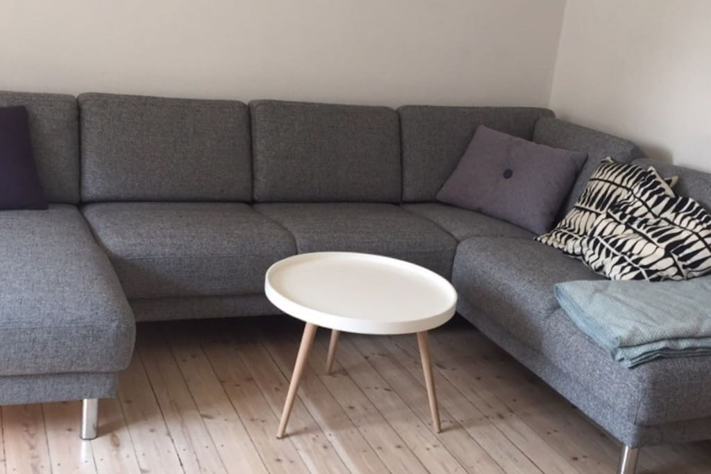 Large sofa. Can be used as extra bed.