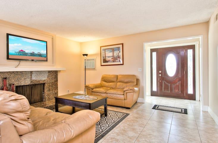 Huntington Beach family friendly vacation rental