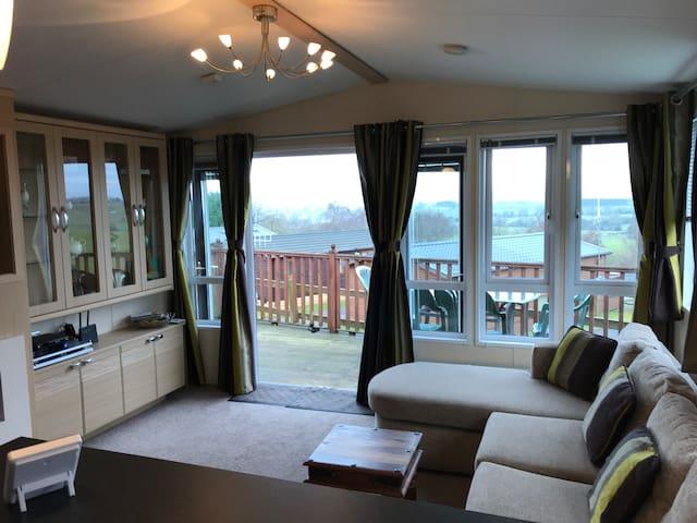 Scenic Ribble Valley Lodge- sleeps 6