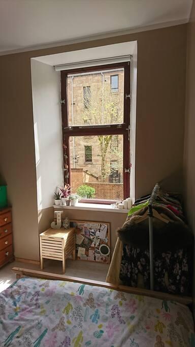 Sunny, quiet double room
