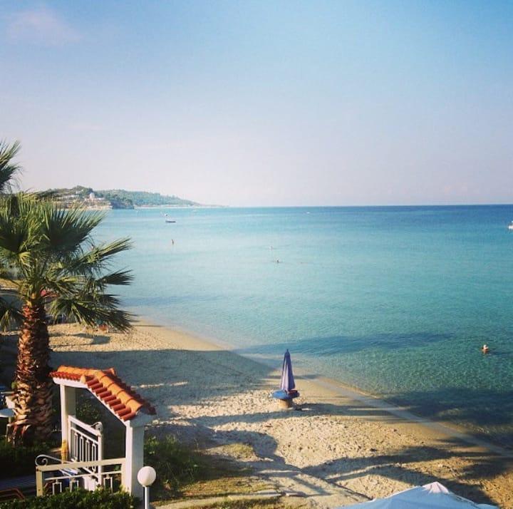 Seaside home in Fourka, chalkidiki