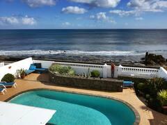 Casa+Mila%2C+seafront+villa+with+pool+Punta+Mujeres