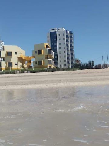 Villa Gesell - Depto frente al mar