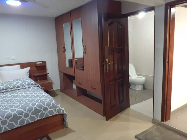 Green Palace Lodge - Executive Suite Basement