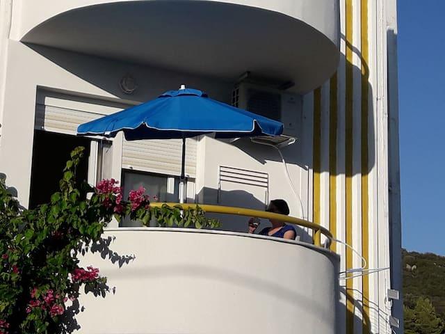 CN Studios Apartment
