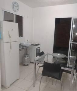 Casa Inteira em Condomínio Fechado no Sim - FSA