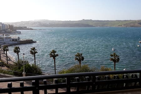 Seafront apartment in San Paul Bay