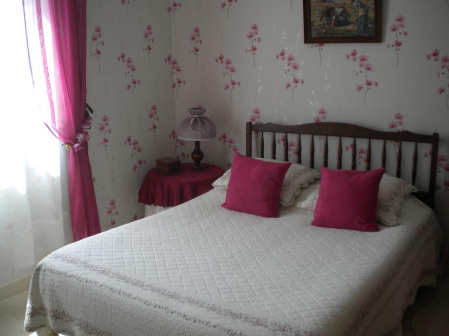 Chambre à coucher  au rez de chaussée
