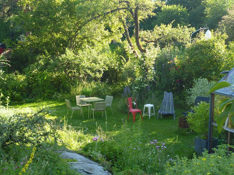 The garden has several nice sitting arrangements, this one is by the greenhouse