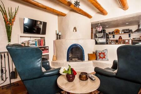 Casa Hovel
