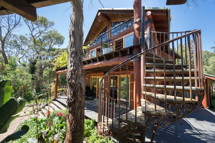 ECO Tree House - Rosebud - Casa