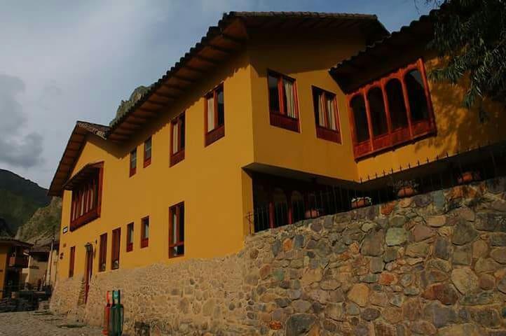 Sauce Hostel Ollantaytambo - Ollantaytambo - Bed & Breakfast