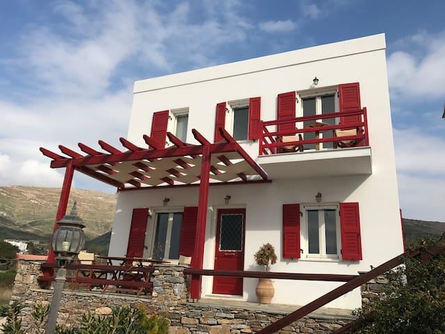 Modern House in Mega Gialos - Megas Gialos - Haus