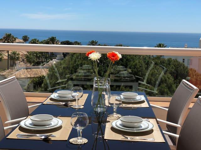 Penthouse Club la Costa,  Amazing Sea / pool Views