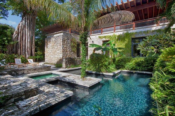 Coconut Grove Oasis - Miami - Casa