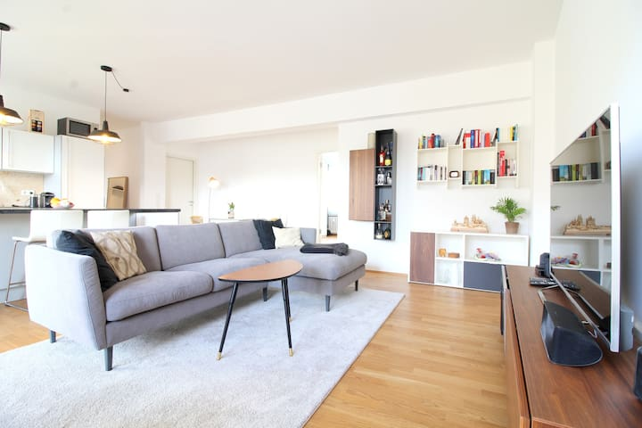 Spacious New Apartment - Walk to Cologne Cathedral - Kolonia - Apartament