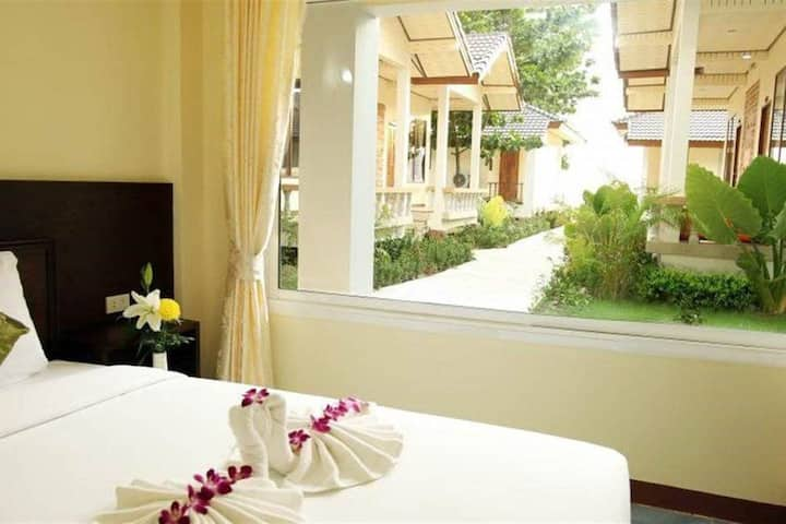 Superior Double Room with Garden View and Bfast