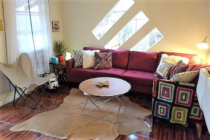 Carlsbad Cabbage: Charming Private Comfy 3/1 Home