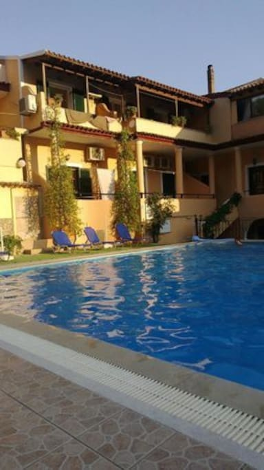Swimming pool of Arianna apartments