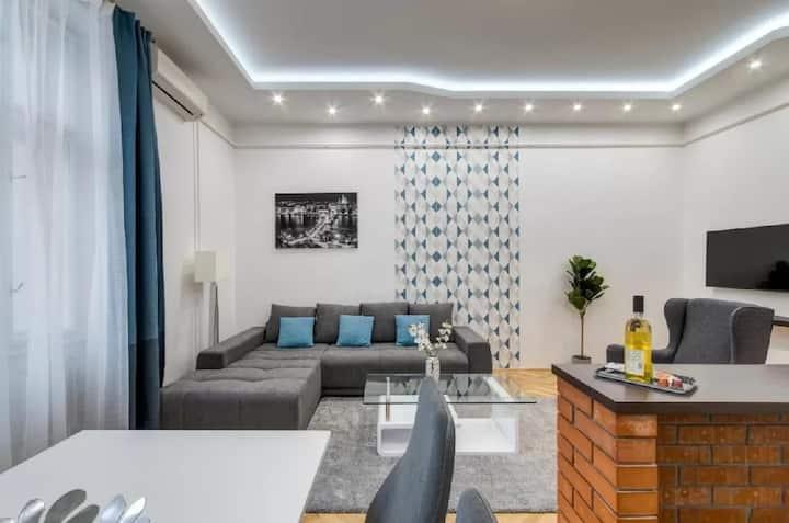 Buda Castle Matray Residence, WIFI, AC, Netflix