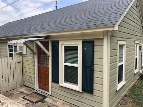 The Dutch Door Guest House