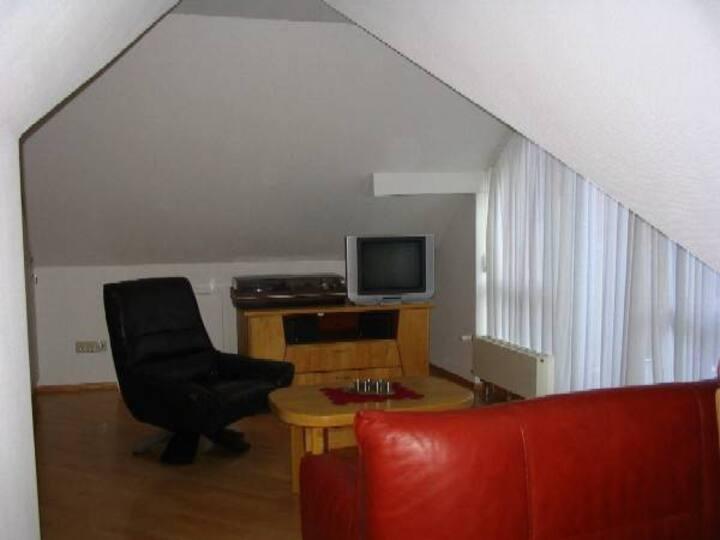 Ferienhaus Villa Marina, (Bad Urach), Ferienwohnung Hohenurach 36qm, 1 Schlafzimmer, max 3 Personen
