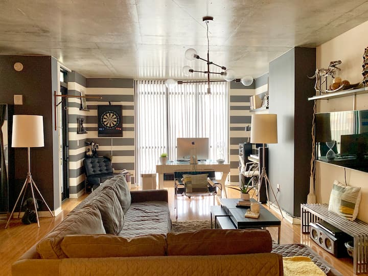 Lux Loft in the heart of Downtown on Church Street