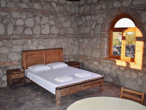Penthouse à la cave Elizbar Talakvadze