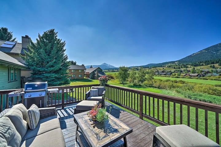 Cozy Mtn-View Ski Condo at Big Sky Golf Course!