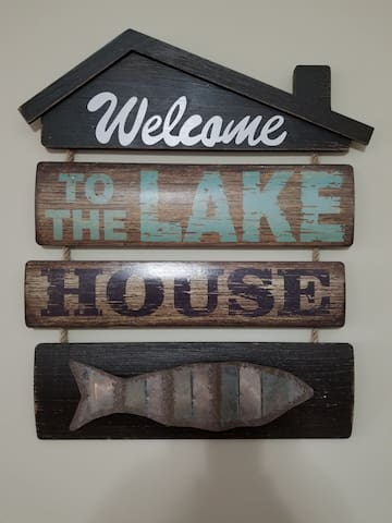 Wildflower cottage on Taylorsville lake