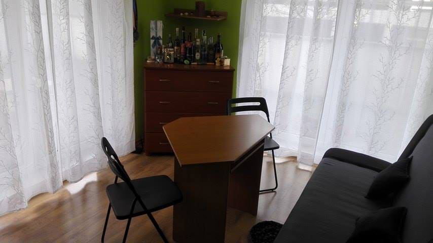 Bright and cozy room: close to the city center - Вроцлав - Квартира