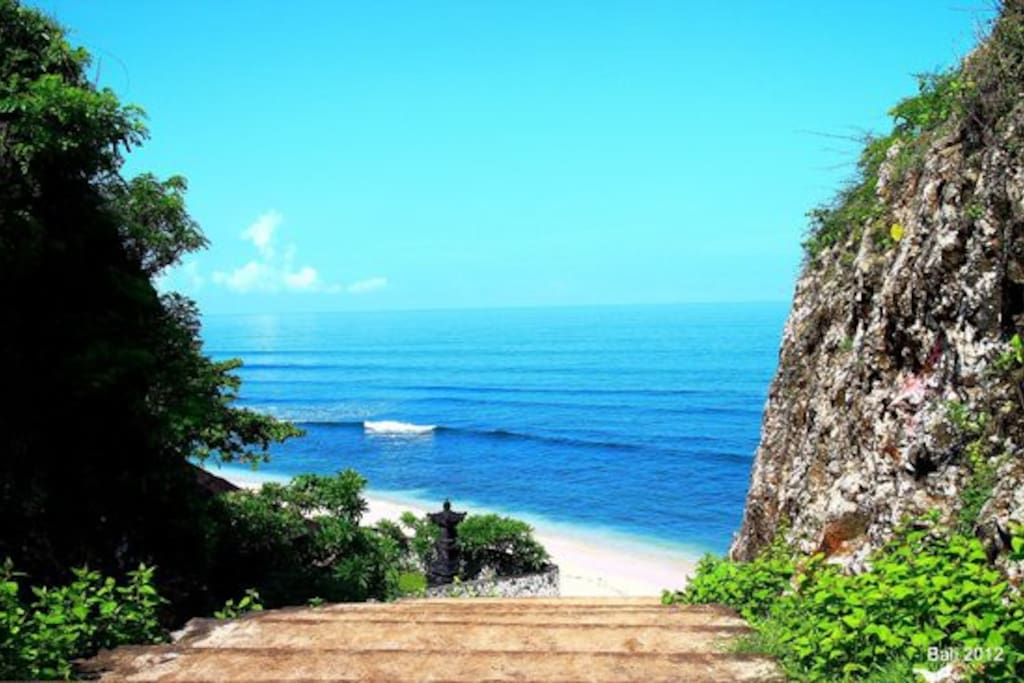 Balangan Beach Review
