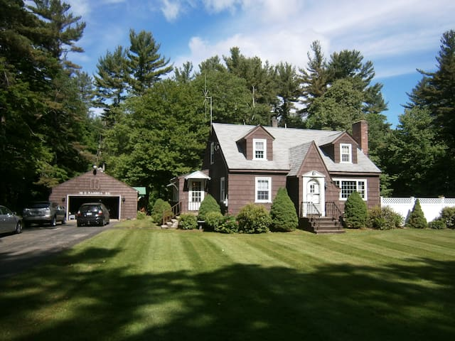3 Bedroom is Yours for your stay - Windham - Dom