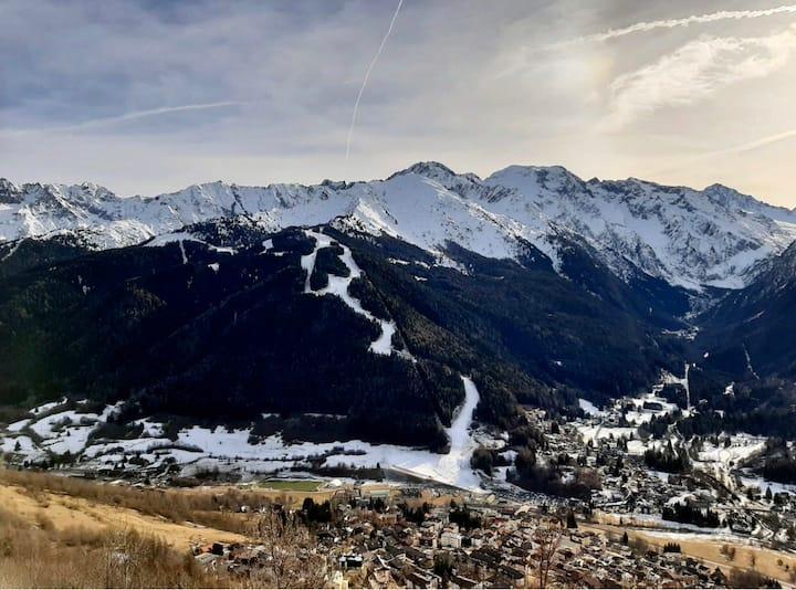 Beautiful Mountain View close to Ponte di Legno