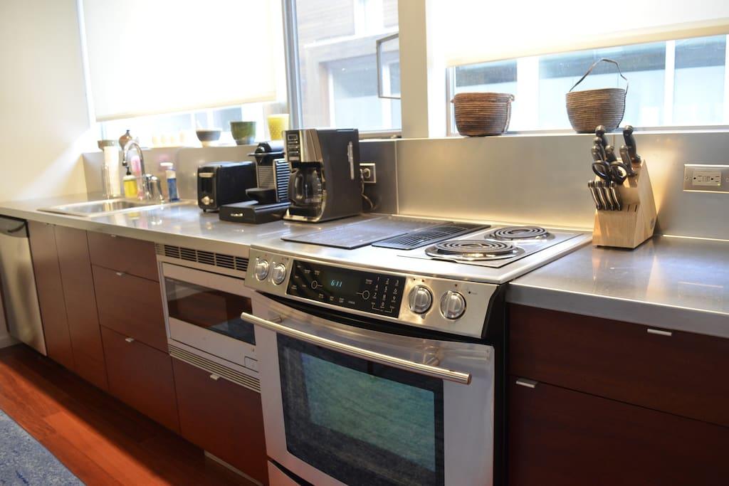 Kitchen Upclose (Coffee/Nespresso)