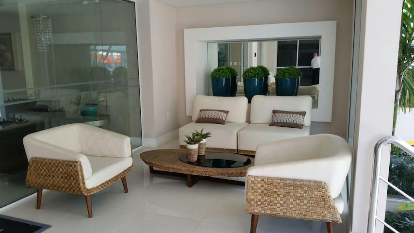 Apartamento no Coração da Grande Florianópolis-SC