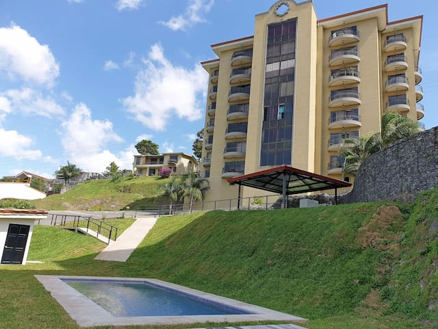 2BR Penthouse #2 W/Pool in Escazu. Stunning views