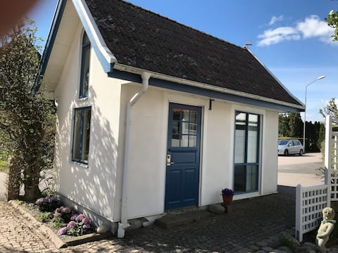 Halmstad's smallest cottage, 150 meters from the sea!