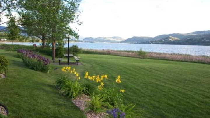 Cozy Home in popular Okanagan Resort