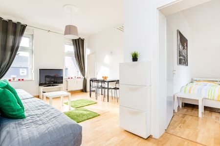 MGO5 Apartment with roof terrace - Mönchengladbach - Appartement