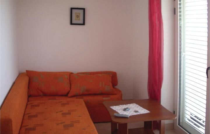 Amazing home in Klenovica with WiFi and 2 Bedrooms