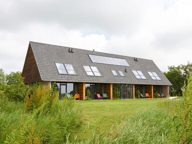 Beautiful 12-person groupaccommodation Friesland