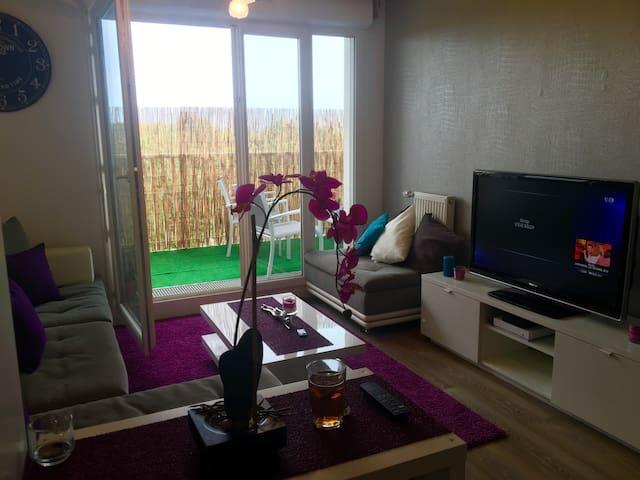 Logement en rénovation indisponible - Champs-sur-Marne - Apartamento