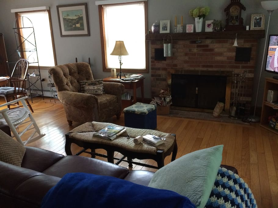 Same living room, different view. In the winter, a fire is often going in the fireplace.