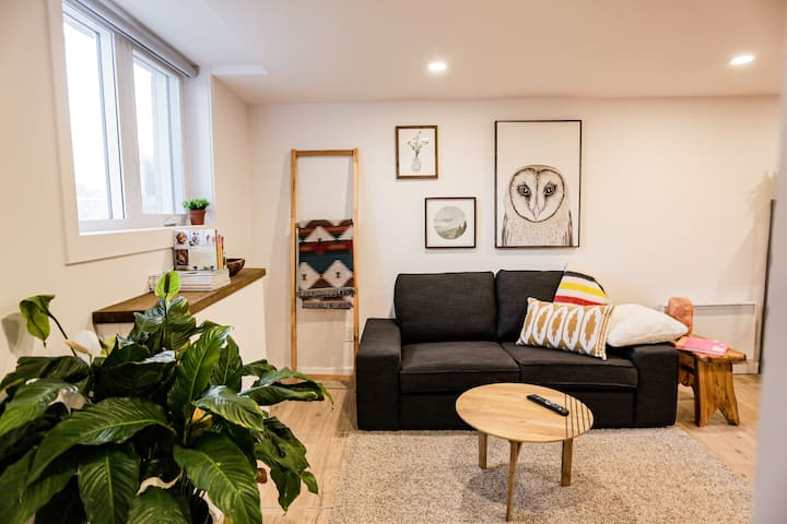 Chelsea New 1BD - Nature & Relax - Walk to shops