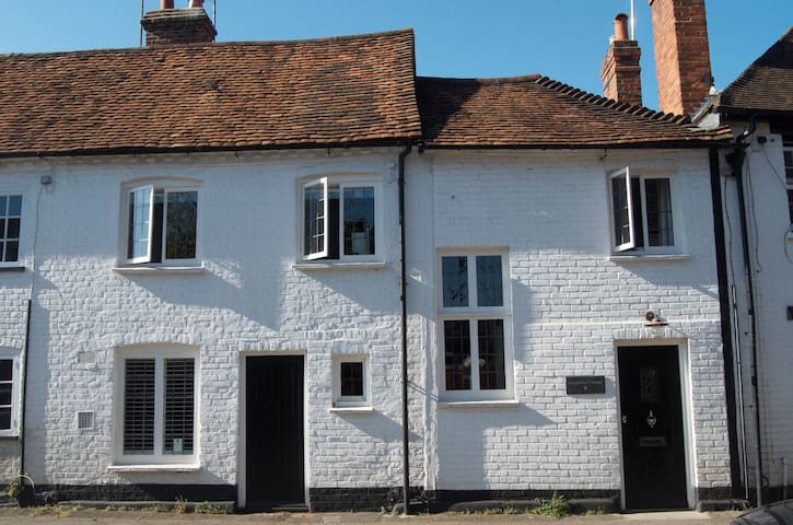 Walking distance to the river in Henley-on-Thames - Henley-on-Thames - Byhus
