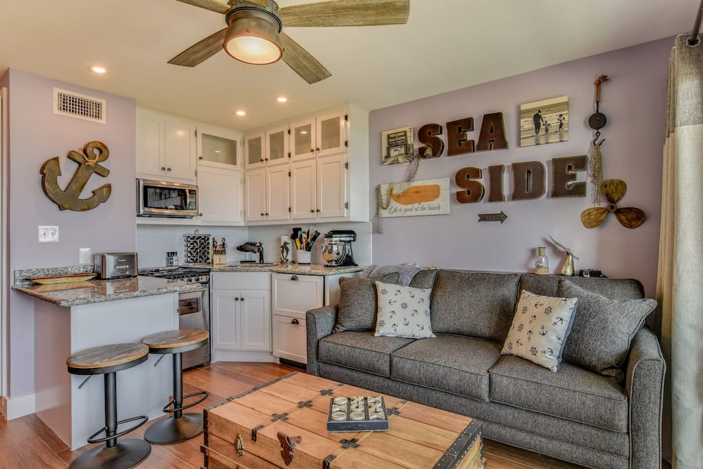 Queen sleeper sofa, fully stocked kitchen and a view you can't beat!